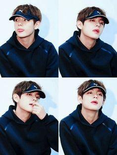 "I'm syndicate money embezzlement cafe."" Story PDKT Taehyung for 10 days via the app's . Jimin, Bts Taehyung, Kim Namjoon, Bts Bangtan Boy, Daegu, Foto Bts, K Pop, V Smile, Gyu"
