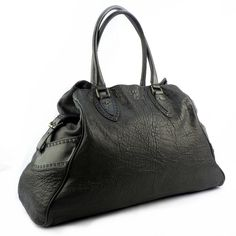 FENDI Tote Black Color Leather Good Condition PriceRm1xxxRef.code-(GREC-1) More Info Pls PM Or Email  ( luxuryvintagekl@ gmail.com )