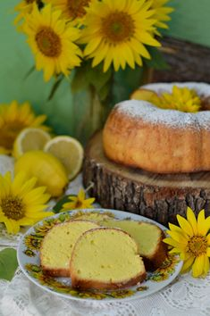 Chec cu lamaie - CAIETUL CU RETETE Healthy Tips, Muffin, Food And Drink, Cooking, Breakfast, Orange, Life, Kitchen, Morning Coffee