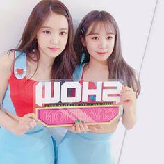 NaJoo for show champion Apink Naeun, Korean Group, Cube Entertainment, Champion, Kpop, Entertaining, Music, Twitter, People