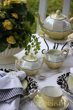 ♥•✿•♥•✿ڿڰۣ•♥•✿•♥  Teapot, sugar & creamer, cup and saucer  ♥•✿•♥•✿ڿڰۣ•♥•✿•♥