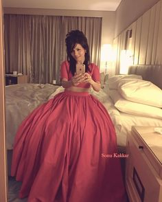 Latest photos of Sonu Kakkar Sonu Kakkar, Singers, Ball Gowns, Selfie, Formal Dresses, Cute, Fashion, Ballroom Gowns, Dresses For Formal