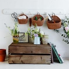 The Cottage Market: Decorating with Baskets