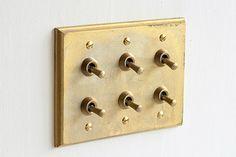 MATUREWARE by FUTAGAMI / 真鍮鋳肌の建築金物