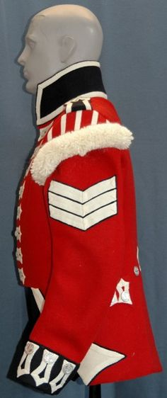 Replica coat of a Lance Sergeant in the 42nd Highland Regiment of Foot, left side view.
