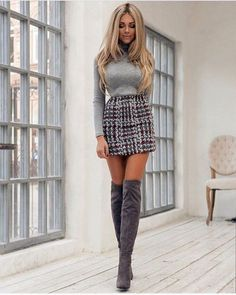 Women& Dresses - 35 Best Outfit to Wear with Mini Skirt and .-Women's Dresses – 35 Bestes Outfit zum Tragen mit Minirock und Stiefeln Women& Dresses – 35 Best outfit to wear with mini skirt and boots # Women& # # chinesesilkwomen& - Women's Mini Skirts, Skirts With Boots, Short Skirts, Skirt Boots, Women's Skirts, Mini Skirt Outfits, Fall Skirts, Mode Outfits, Sexy Outfits