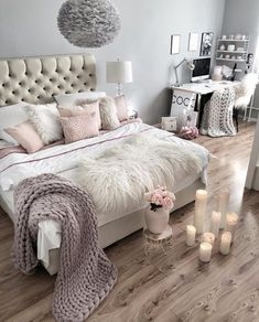 23 key pieces of glam bedroom decor glitter sparkle girly Glam Bedroom, Home Decor Bedroom, Living Room Decor, Bedroom Modern, Diy Bedroom, Trendy Bedroom, Ivory Bedroom, Bedroom Furniture, Bedroom Small