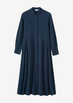Floral dresses, tiered dresses, dresses for summer, linen dresses and sun dresses. Pakistani Fashion Casual, Abaya Fashion, Girls Fashion Clothes, Fashion Dresses, Modest Outfits, Casual Dresses, Cute Maternity Dresses, Muslim Women Fashion, Stylish Dress Designs