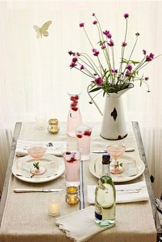 Pretty table setting!