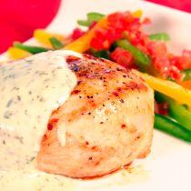 Receta de Pechuga al Limón en Salsa de Cilantro Easy Cooking, Cooking Recipes, Pollo Recipe, Great Chicken Recipes, Chicken Breakfast, Healthy Recepies, Deli Food, Good Food, Yummy Food