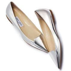 Just bought some close look a likes from Banana Republic but I am still dreaming of these Jimmy Choo silver flats! Cute Shoes Flats, Fancy Shoes, Pretty Shoes, Beautiful Shoes, Me Too Shoes, Casual Shoes, Shoes Sandals, Heels, Pointy Flats