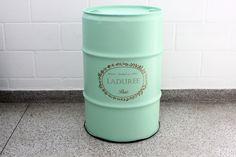 Ladurée Erva Doce #ladurée drum #oildrum #industrialdesign #barril #rebecaguerra #lata #decoração