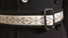 Kappa emd bälte som har reflex med ritat korsstygnsmönster Belt, Kappa, Scandinavian, Safety, Inspiration, Accessories, Tips, Fashion, Belts