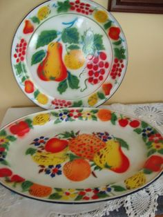 Reduced  Painted Enamelware Trays. $16.00, via Etsy.
