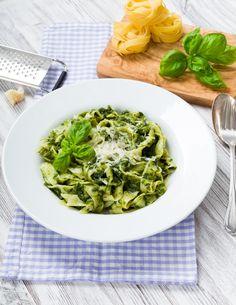 Smaczny makaron ze szpinakiem Green Beans, Spinach, Cabbage, Pasta, Vegetables, Healthy, Recipes, Food, Kitchen