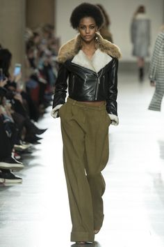 Topshop Unique - Fall 2016 Ready-to-Wear