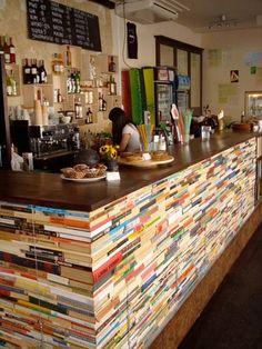 Klubokawiarnia Resort Warszawa / bar z książek, Polish design, polski dizajn, polskie wzornictwo, made in Poland. Pinned by #AdrianWerner