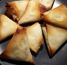 samoussas végétariens aux légumes à l'indienne Sans Lactose, Sans Gluten, Snack Recipes, Snacks, Nutrition, Chips, Meat, Table, Blog