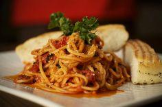 El sabor de la pasta y de los vegetales se unen en esta receta para ponerle sabor a tu Lunes sin carne.