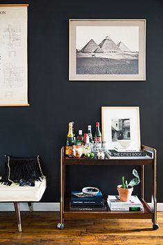 appartement-brooklyn-rétro-americain-salon-mur-noir-mademoiselle-claudine