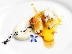 Resultado de imagen para comidas gourmet Michelin Star Food, Modernist Cuisine, Tiny Food, Food Decoration, Food Science, Molecular Gastronomy, Culinary Arts, Perfect Food, Food Presentation