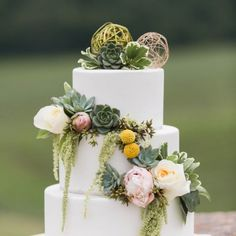 Lush Green & Gold Wedding Inspiration at Blue Valley Vineyard and Winery  Photographer:  Candice Adelle Photography