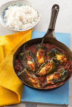 No-Fuss Chiles Rellenos Skillet -- Hello, new favorite weeknight recipe! This skillet-quick chiles rellenos requires only 4 ingredients and is ready for the dinner table in just 30 minutes.