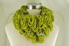 """""""Casual Infinity Scarf with Hooped knits"""""""