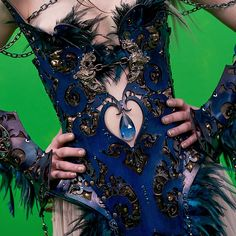 Detail shot of 'The Curse of Sleeping Beauty' costume designed by Erin Layne of Atelier Sidhe. ~ www.ateliersidhe.etsy.com Green screen photo of actress India Eisley by Stefania Rosini. #PearryTeo #IndiaEisley #horror #fantasy #movie #film #costume #design #costumedesign #AtelierSidhe #leather #couture #armor #corset #gown