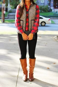Fall style- follow www.lisilerch.com for more, like it, love it, pin it, share it! I need this vest in my life!