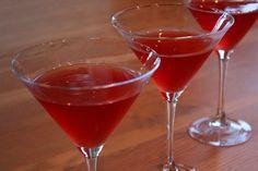 Amaretto Cranberry Kisses 2 cups cranberry juice 1 cup vodka 1/2 cup amaretto 3 Tablespoons freshly squeezed orange juice ice cubes