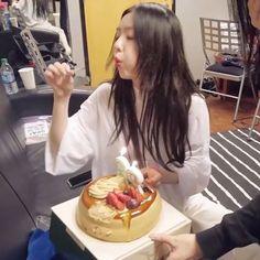 Kim Yerim, Happy Pills, Red Velvet Irene, Sooyoung, Seulgi, Krystal, Kpop, Perms, Milkshake