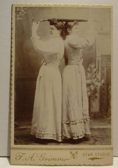 Antique-Cabinet-Card-Photo-Two-Pretty-Girls-Compare-Their-Height-W-Umbrella
