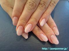 シンプルなグラデーションが上品なネイル gradation simple elegant nail