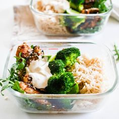 Quick and easy meal prep sesame bbq chicken & lemon yoghurt Healthy Pastas, Easy Healthy Dinners, Healthy Chicken Recipes, Lunch Recipes, Healthy Dinner Recipes, Healthy Snacks, Healthy Eating, Cooking Recipes, Healthy Mummy
