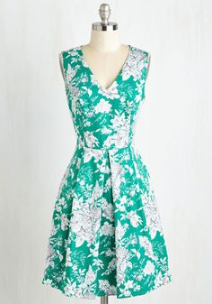 Block Party On Dress. For the annual neighborhood gathering, youre going all in and wearing this sea green dress! #green #modcloth