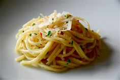 Looking for the best recipes of butter garlic sauce for pasta? This article will help you know the best possible recipes. Click here.