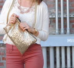 Glitter and the Blushing Flowers Necklace are a pretty pair!