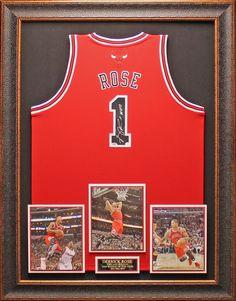 Derrick Rose Autographed Framed Jersey  7a202608e