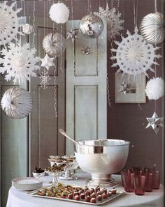 DIY silver and white Christmas party decoration idea. DIY silver and white Christmas party decoration idea. Christmas Party Decorations, Xmas Party, Holiday Parties, Hanging Decorations, Snowflake Decorations, Hanging Ornaments, Snowflake Party, White Christmas Party Theme, Table Decorations