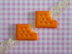 2 pcs Biscuits Cabochon  Flatback Food Miniature by forestdiy