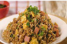 Excelente Como hacer Arroz chaufa peruano/how to make chinese peruvian fried rice. Chicken Salad Recipes, Rice Recipes, Vegetarian Recipes, Peruvian Dishes, Peruvian Recipes, Peruvian Cuisine, Arroz Recipe, Comida Fusion, Bolivian Food