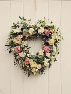 Floral wreaths are the new flower crown.