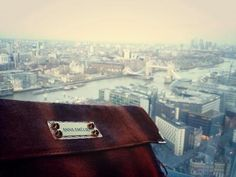 Anna Amelie in London leather bag