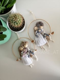 Macrame Tutorial, Doll Tutorial, Christmas Gifts, Christmas Ornaments, Wood Ornaments, Decoration, Plant Hanger, Sewing Tutorials, Home Deco