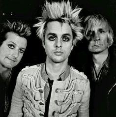 Haha Billie what's with the hair...