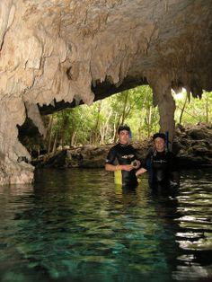 Cenote de Dos Ojos.