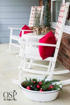 Christmas Home Tour   On Sutton Place   DIY Ideas, decor and easy crafts to help bring Christmas into your home!