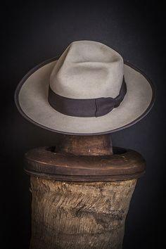 Mejores 33 imágenes de Sombreros y Gorras en Pinterest  cba2028c43d