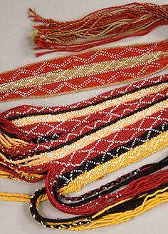 Wôbanaki Men's Sash & Garters from 1770 Native American Beading, Native American Art, American Indians, Card Weaving, Tablet Weaving, Native American Spirituality, Finger Weaving, Native Style, Weaving Patterns